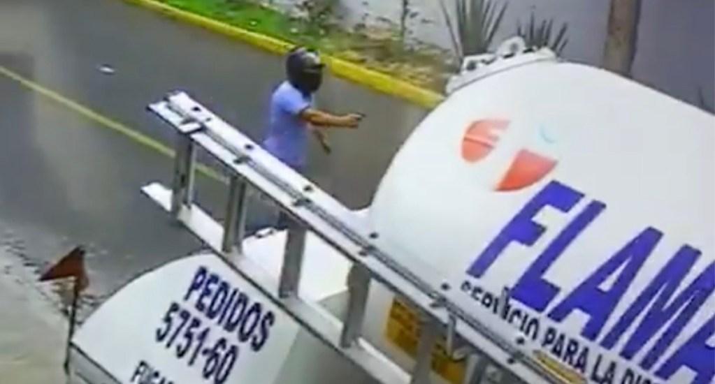 #Video Asaltan a punta de pistola a repartidores de gas en la GAM - Robo a repartidores de gas