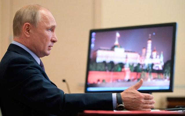 Putin desea a Bolsonaro rápida recuperación del COVID-19 - Vladimir Putin