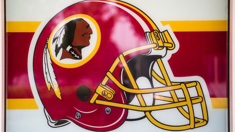 Redskins de Washington revisarán su nombre; anuncian cambio - Washington Redskins NFL Pieles Rojas