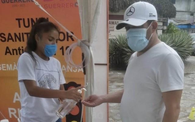 Pide Héctor Astudillo a municipios de Guerrero suspender eventos y fiestas - Acapulco Guerrero tunel desinfectante COVID-19