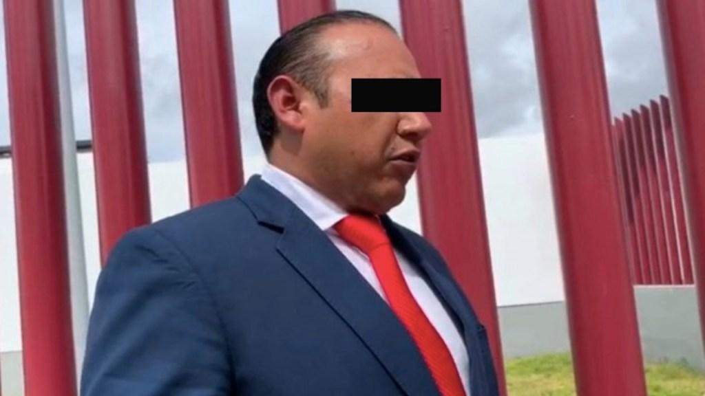 Vinculan a proceso a alcalde de Colón, Querétaro, por daño al erario - Foto de AM Querétaro