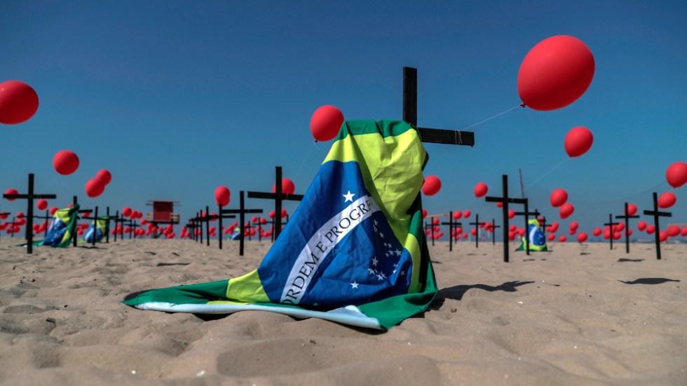 Brasil supera los 114 mil muertos y está al borde de los 3.6 millones de casos por COVID-19 - Foto de EFE