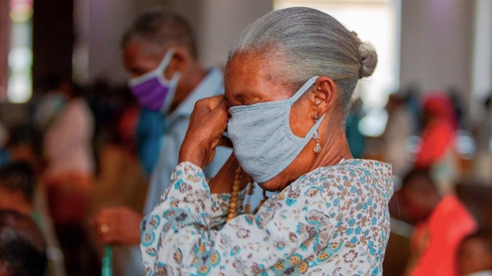 Casos de COVID-19 suman 17.6 millones en todo el mundo, según la OMS - Foto de EFE