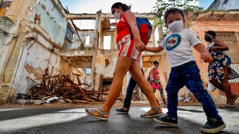 Cuba sufre nueva ola de contagios por COVID-19 tras casi erradicar el virus. Noticias en tiempo real
