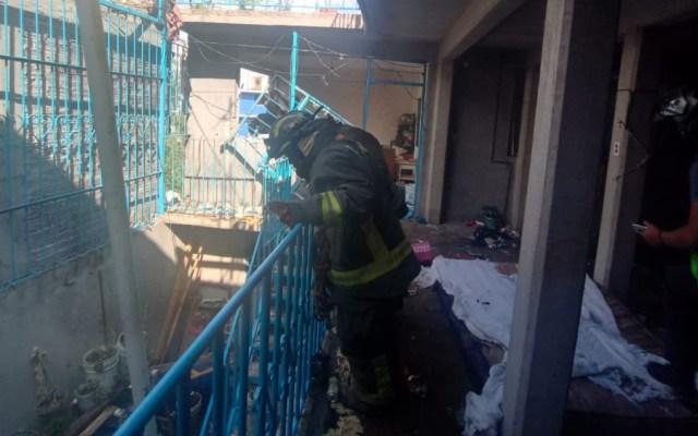 Al menos 13 lesionados tras explosión en una vivienda de Iztapalapa - Foto de @MrElDiablo8