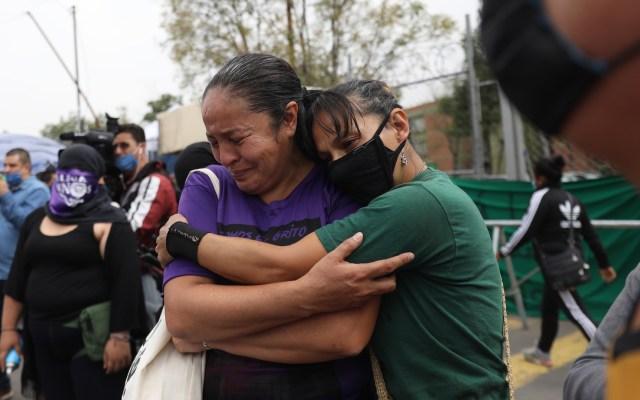 Familiares de víctimas de abuso protestan en la Ciudad de México - Familiares de víctimas de abuso sexual en protesta en la CDMX. Foto de EFE