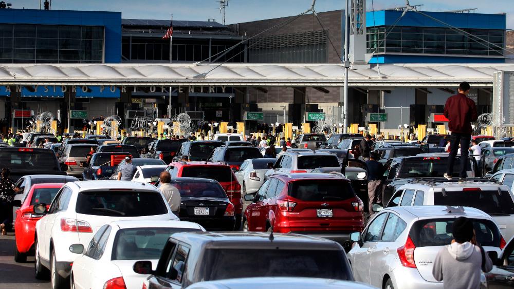 Necesitamos ya normalizar situación en frontera con EE.UU.: AMLO - Frontera San Ysidro Mexico EEUU Tijuana San Diego