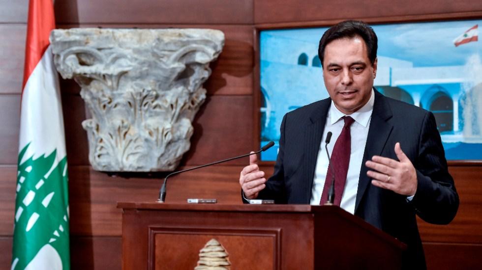 Dimite primer ministro de Líbano tras crisis por explosión en Beirut - Foto de EFE