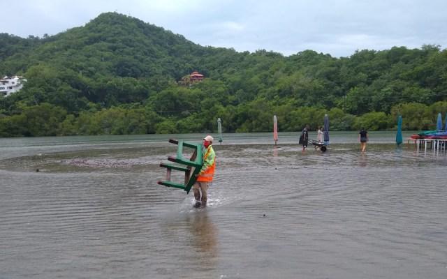 Advierten lluvias muy fuertes en Guerrero, Michoacán y Colima por temporal - Inundaciones en Colima por paso del huracán Genevieve. Foto de @PC_Colima