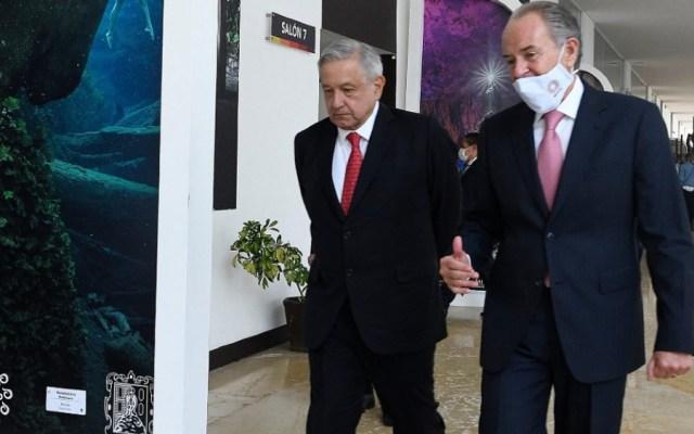 López Obrador llega a San Luis Potosí para reunión con la Conago - Foto de Quadratin