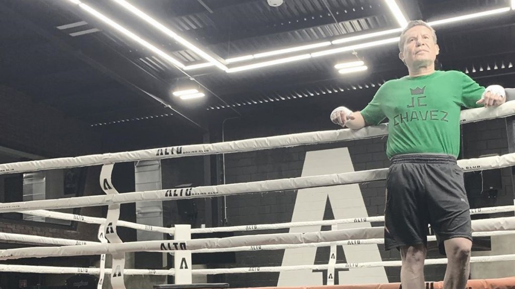 Julio César Chávez regresará al ring para enfrentar al 'Travieso' Arce - Julio César Chávez. Foto de @jcchavez115