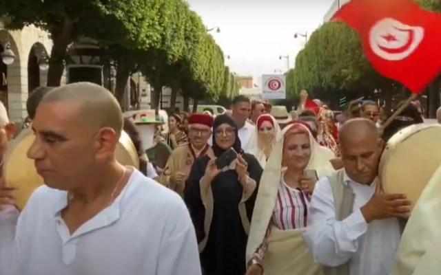 Túnez celebra su propio día de la mujer entre críticas feministas