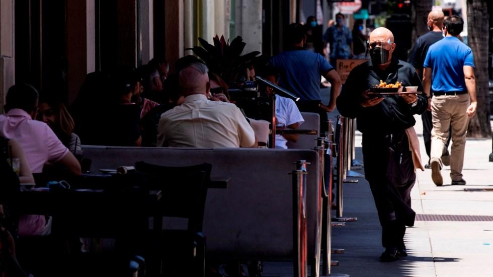 Los Ángeles se aproxima a las cinco mil muertes relacionadas con COVID-19 - Foto de EFE