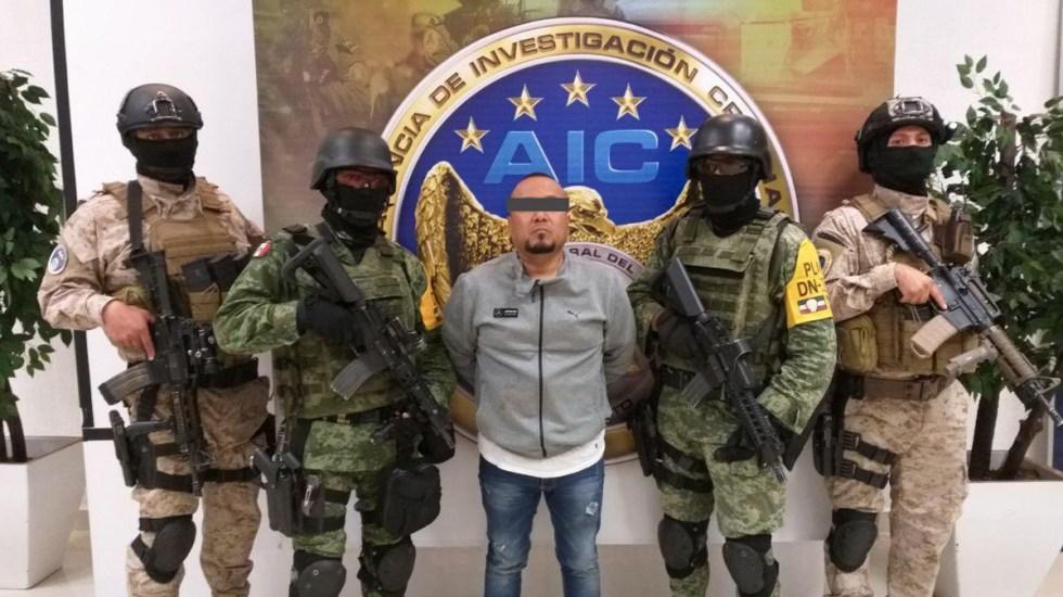 Detienen en Guanajuato a 'El Marro', líder del Cártel de Santa Rosa de Lima; le aseguran arsenal - Foto de @diegosinhue