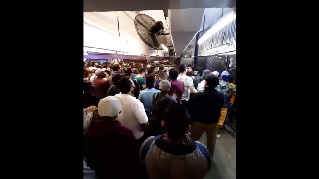 #Video Abarrotan el Metro Pantitlán sin sana distancia y con poco uso de cubrebocas - Captura de pantalla