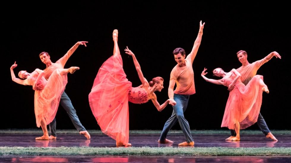 Cerca de 30 artistas del Teatro Mariinski dan positivo por COVID-19 - Foto de EFE