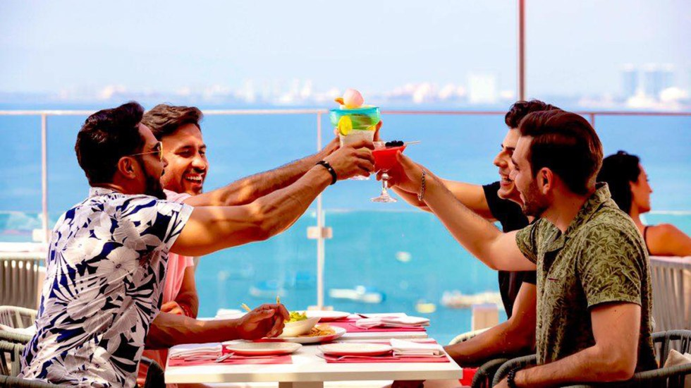 México prevé superar caída del 95 por ciento del turismo extranjero con el T-MEC - Turistas en México. Foto de @SECTUR.MX