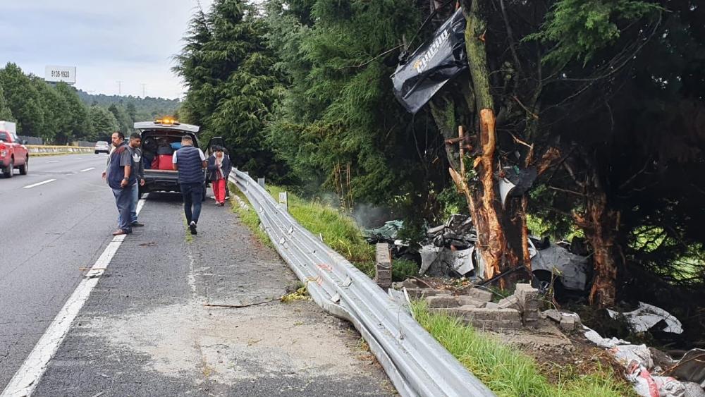 Accidente en la México-Cuernavaca deja dos muertos - Foto de @DiariodeMorelos