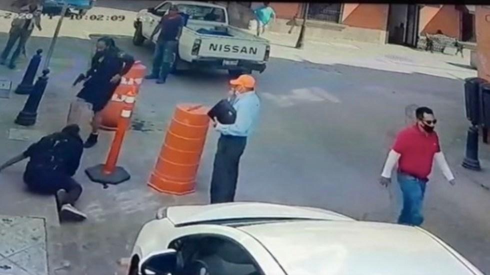 #Video Sujeto agrede con cuchillo a policía en Querétaro - Captura de pantalla