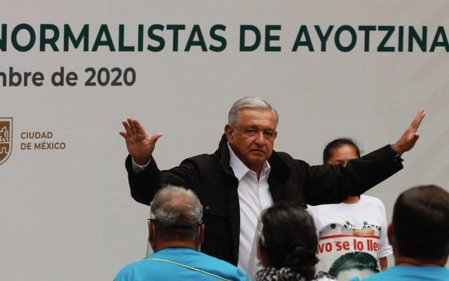 Ejecutarán órdenes de aprehensión contra militares involucrados en Caso Ayotzinapa, asegura AMLO - Foto de EFE