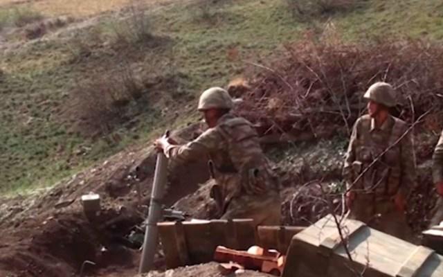 Azerbaiyán y Armenia acuerdan alto al fuego bajo mediación de Rusia - Conflicto armado entre Armenia y Azerbaiyán. Foto de EFE