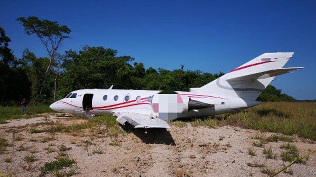 Detecta ONU presencia del Cártel de Sinaloa en Venezuela - Avión pequeño con mil 207 kg de cocaína, aterrizado en Chiapas. Foto de FGR