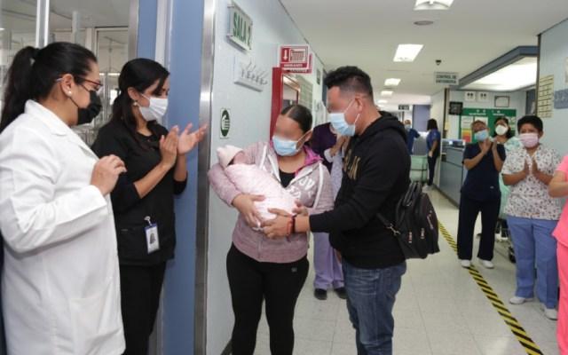 IMSS da de alta a bebé prematura con cardiopatía congénita y COVID-19 - Foto de IMSS