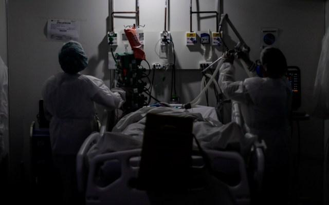 Brasil suma 30 mil nuevos casos de COVID-19 y el total de contagios sobrepasa los 4.1 millones - Foto de EFE