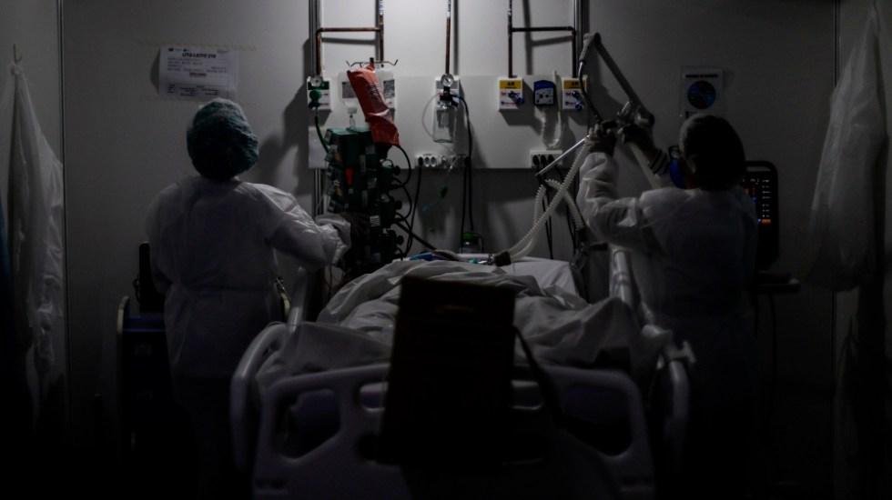 El mundo roza las 900 mil muertes por COVID-19, con 27 millones de casos - Foto de EFE