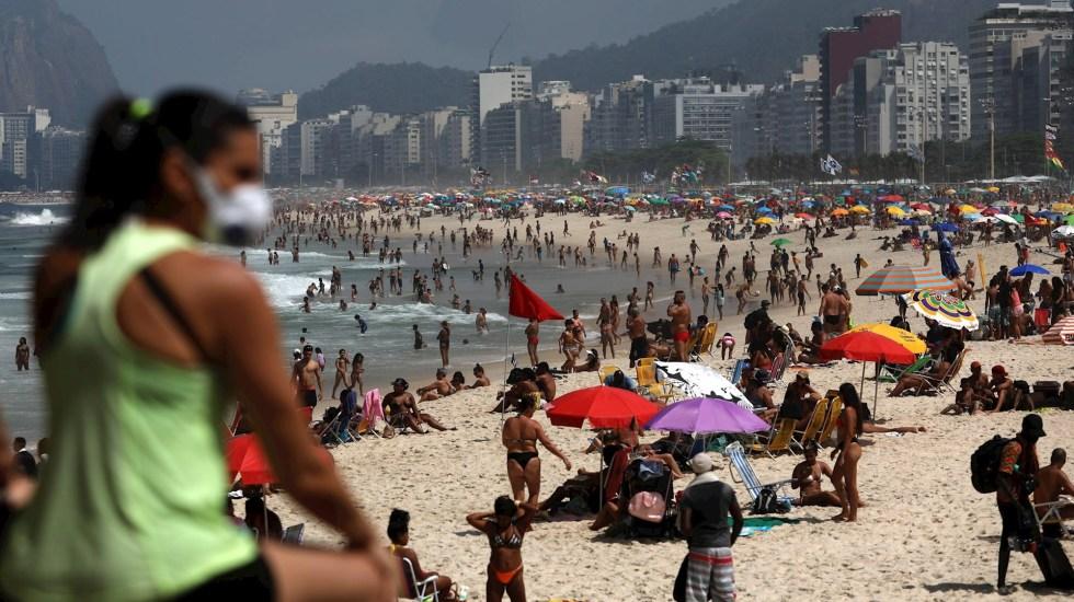 Brasil supera los 5 millones de casos de COVID-19 - Brasil playas COVID-19 pandemia día de la Independencia