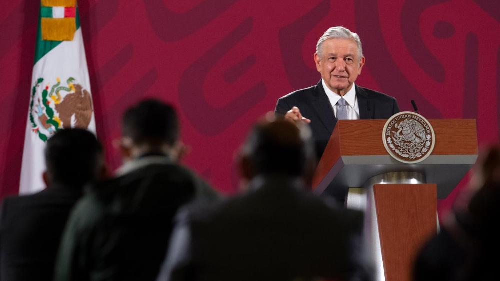 """AMLO asegura que México """"es un país más justo, más digno"""" con respecto al cumplimiento de sus 100 compromisos - Foto de lopezobrador.org.mx"""