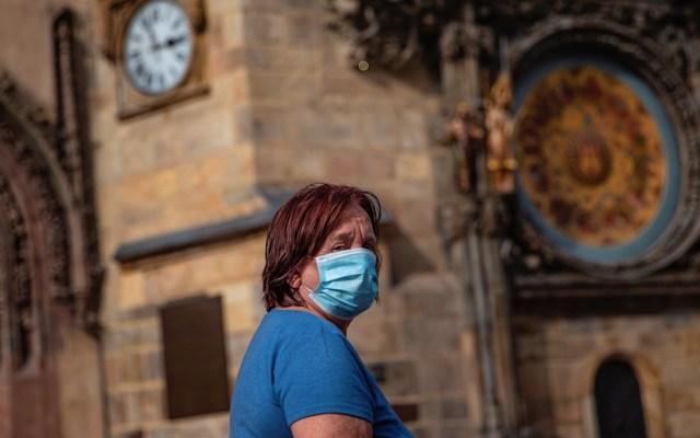 Casos globales de COVID-19 se elevan a 31.6 millones; la próxima semana se podría superar el millón de muertos - Foto de EFE