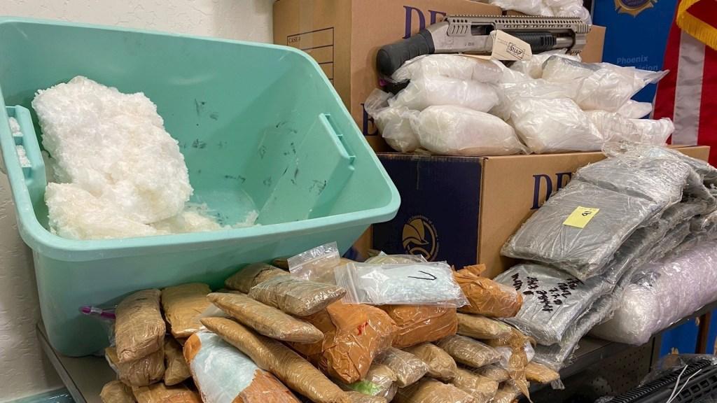Propina EE.UU. duro golpe a cárteles mexicanos: más de mil 800 detenidos y 12 toneladas de metanfetaminas - Parte de la droga incautada durante la Operación