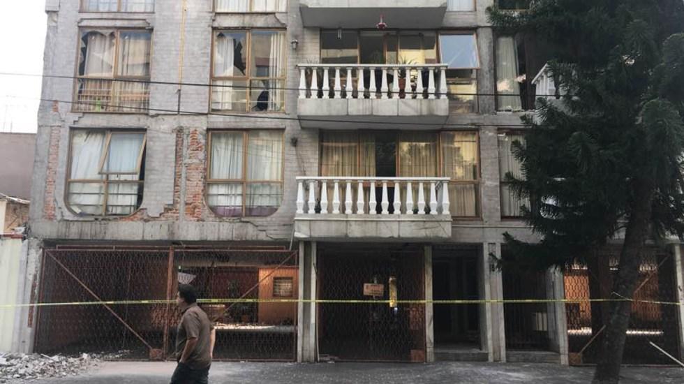 Continúan sin vivienda 19 mil familias en CDMX por sismo de 2017 - Edificio dañado en CDMX por sismo del 19 de septiembre de 2017. Foto de López-Dóriga Digital