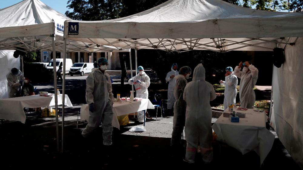 El mundo se aproxima al millón de muertes y los 33 millones de contagios por COVID-19. Noticias en tiempo real