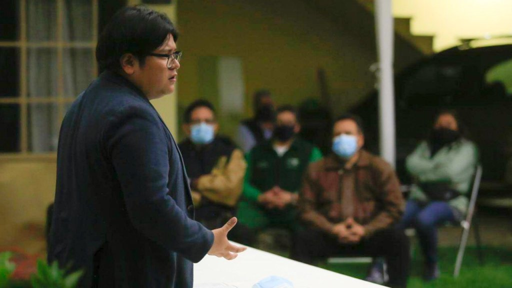 Hubo trampa en encuesta del INE; burocracia de Morena decidió que no siguiera en la pelea: Gibrán Ramírez. Noticias en tiempo real