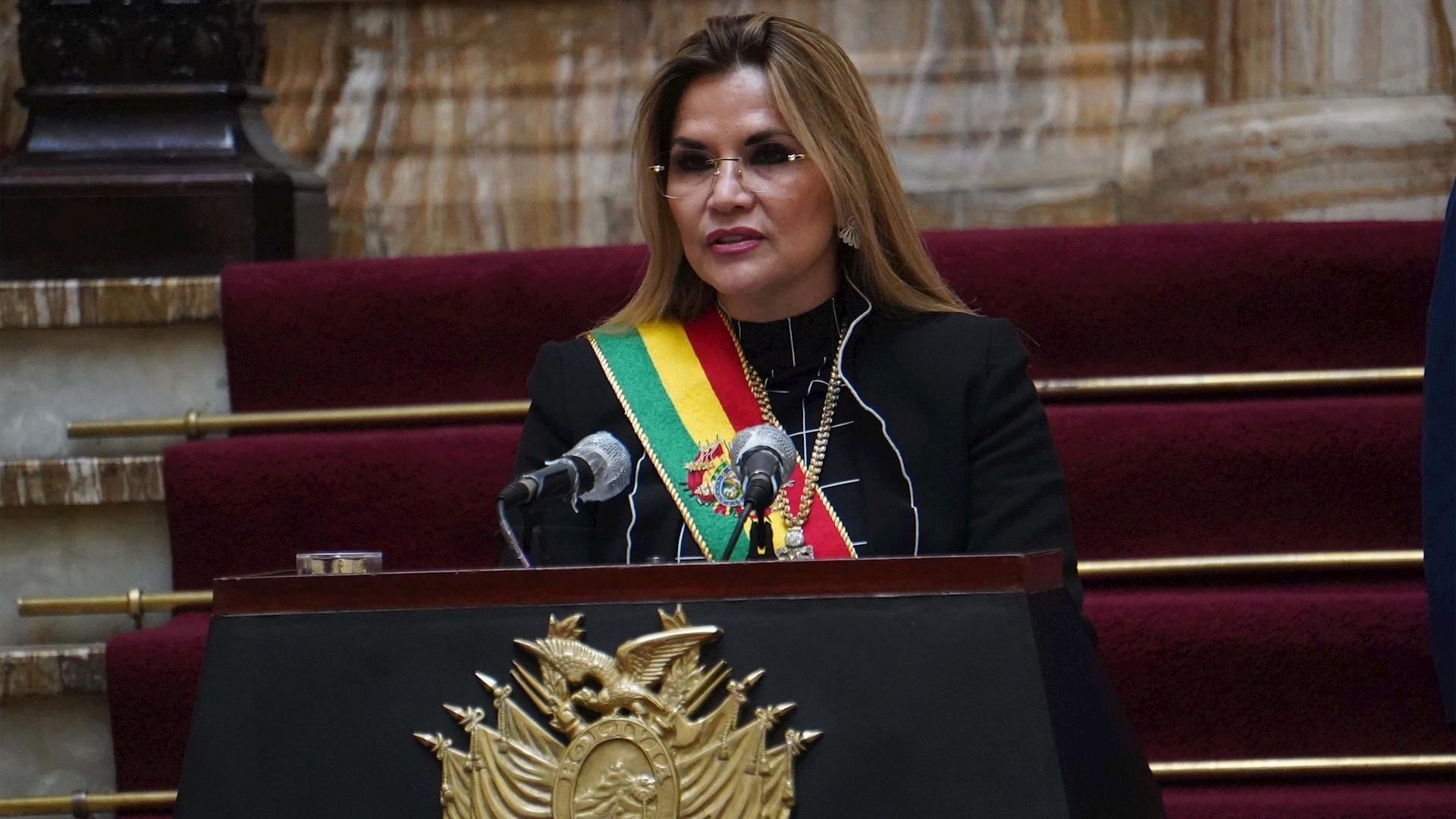 Jeanine Áñez Bolivia presidenta interina