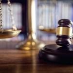 AMLO va otra vez contra juez Gómez Fierro por detener sus reformas