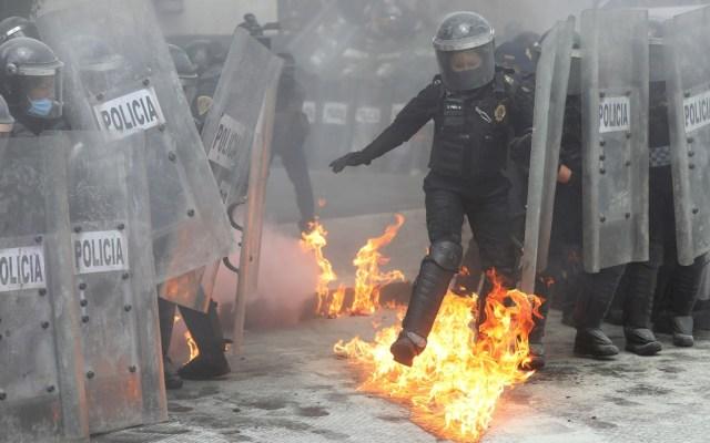Marcha en CDMX por despenalización del aborto deja 56 lesionadas, 43 de ellas policías - Marcha Ciudad de México protesta Aborto feministas