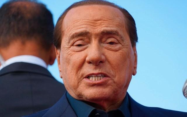 Hospitalizan a Silvio Berlusconi tras dar positivo por COVID-19 - Foto de EFE
