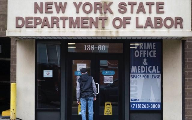 Solicitudes semanales de subsidio por desempleo en EE.UU. bajan del millón por segunda vez desde marzo - Foto de EFE