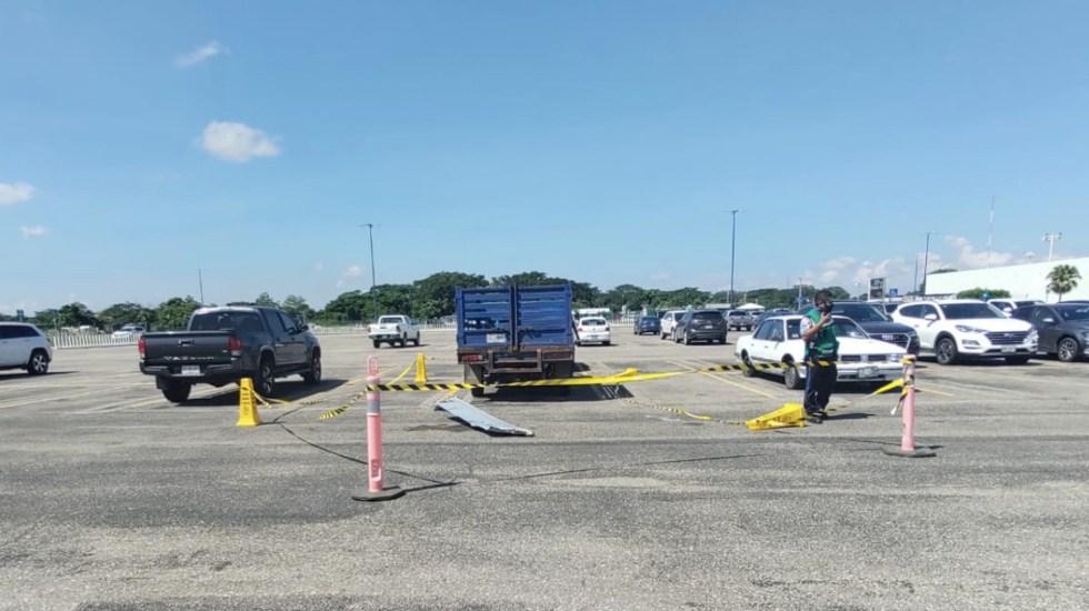 Helicóptero de Semar se desploma en aeropuerto de Villahermosa; hay tres lesionados - Foto de Televisión Tabasqueña