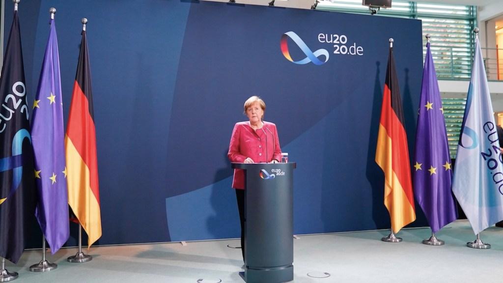 Este es el momento decisivo para controlar la pandemia de COVID-19, advierte Merkel - Foto de EFE