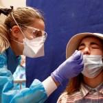 COVID-19 se debilitará hasta parecer resfriado, afirma creadora de vacuna de AstraZeneca