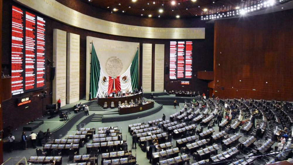Aprueban en Comisiones dictamen de reformas constitucionales en materia de igualdad sustantiva y género - Foto de Camara de Diputados