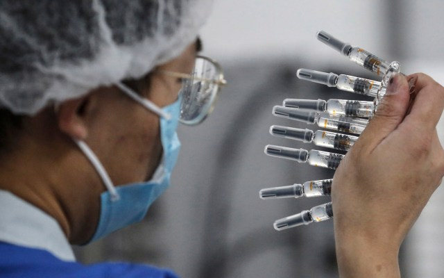 OMS recuerda que tasa de éxito en investigación de vacunas es solo del 20 % - Foto de EFE