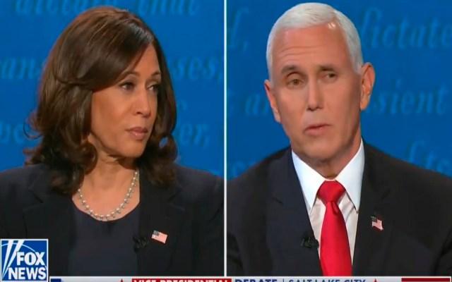 """#Video """"Estoy hablando"""", así paró Harris el intento de Pence por interrumpirla - Kamala Harris y Mike Pence durante el debate presidencial de Estados Unidos. Foto Captura de pantalla"""