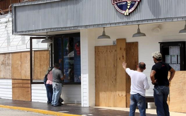 'Delta: el huracán que amenaza', por Ángeles Mastretta - Delta Cancún Quintana Roo