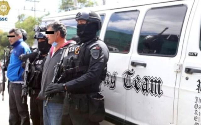 Trasladan al Reclusorio Norte a acusados de abandonar 27 bolsas con medicamentos oncológicos en Azcapotzalco - Foto de SSC