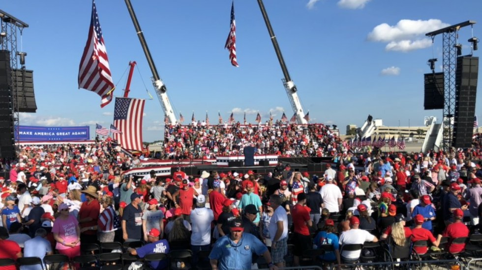Donald Trump, negativo a COVID-19; viaja sin cubrebocas a Florida para su primer mitin de campaña - Donald Trump Estados Unidos Florida